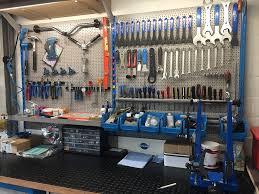 Peters bike repair werkplaats